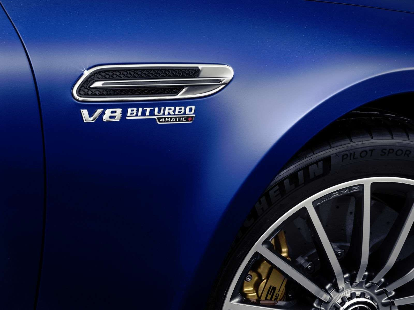 Подмена! Пятидверный Mercedes-AMG GTполучил «тележку» Е-класса— фото 851519
