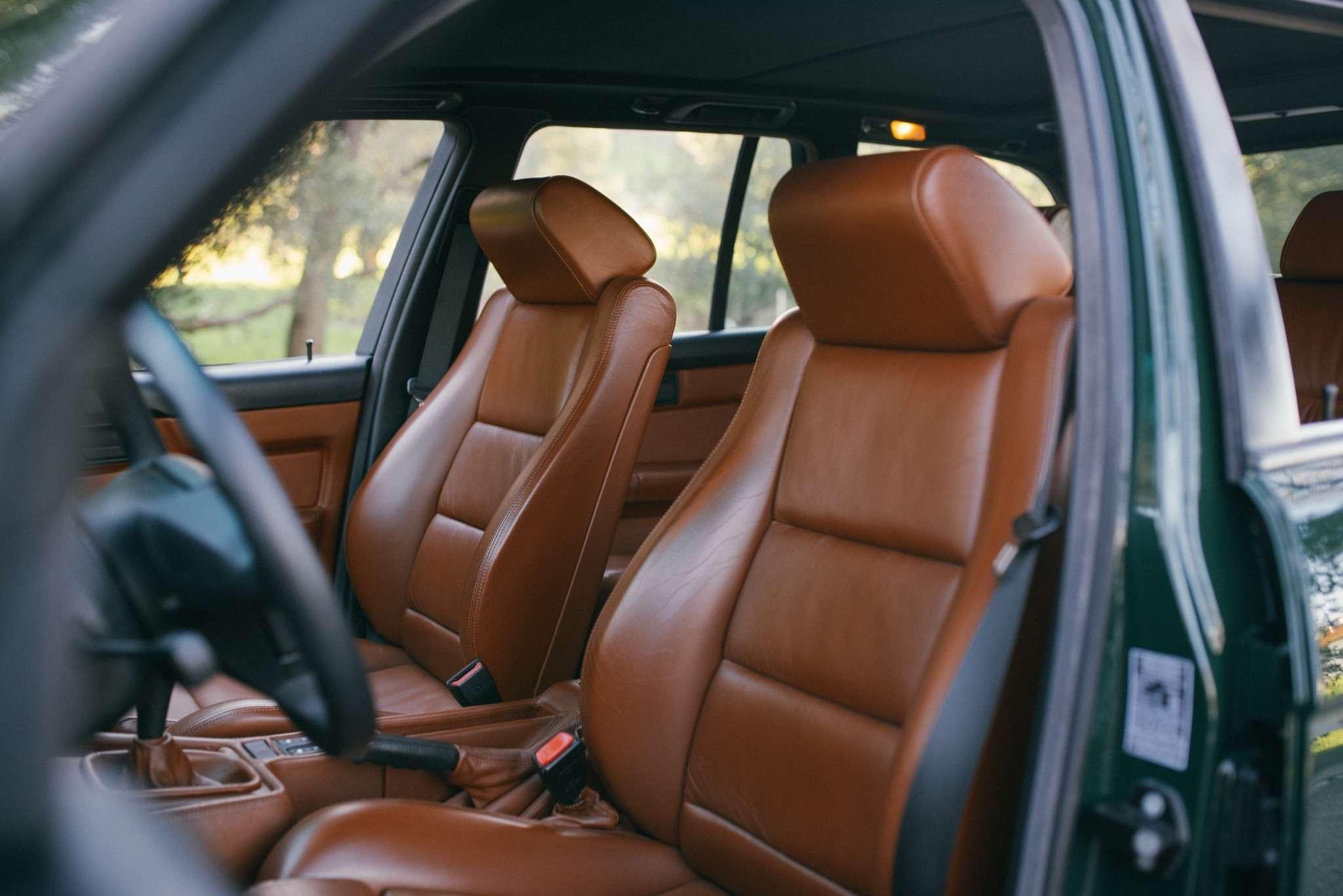 Elekta, тыпрекрасна: редчайшая «пятерка» BMW E34по цене новой M3— фото 732276