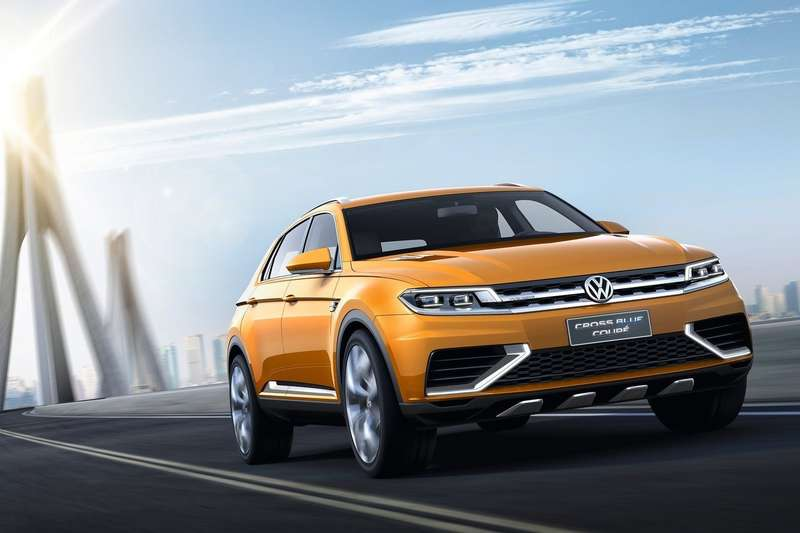 Volkswagen-CrossBlue_Coupe_Concept_2013_1600x1200_wallpaper_01