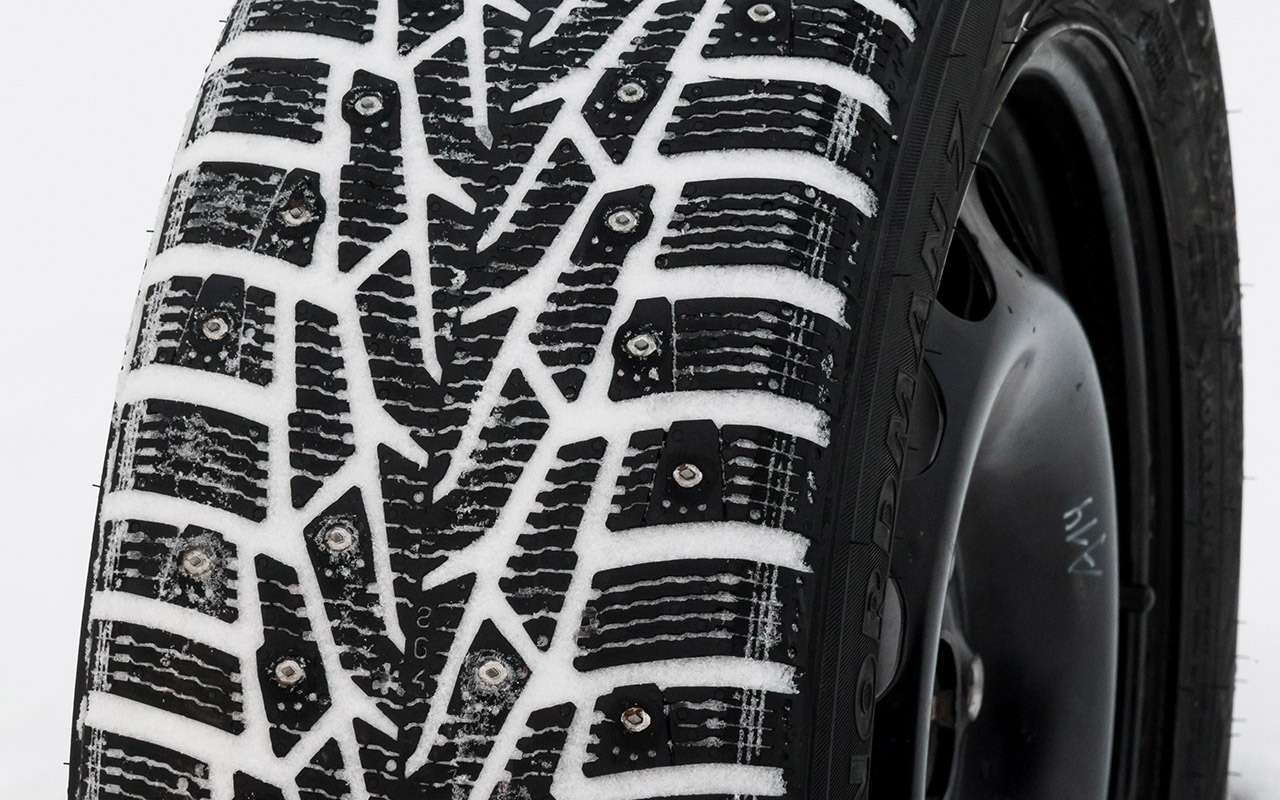 Большой тест шипованных шин: дорогие, подешевле и«никакие»— фото 1003237
