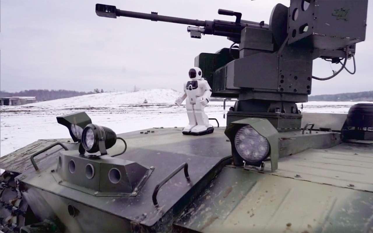 Бесконечный дозор: тест-драйв боевого робота «Нерехта»— фото 915629