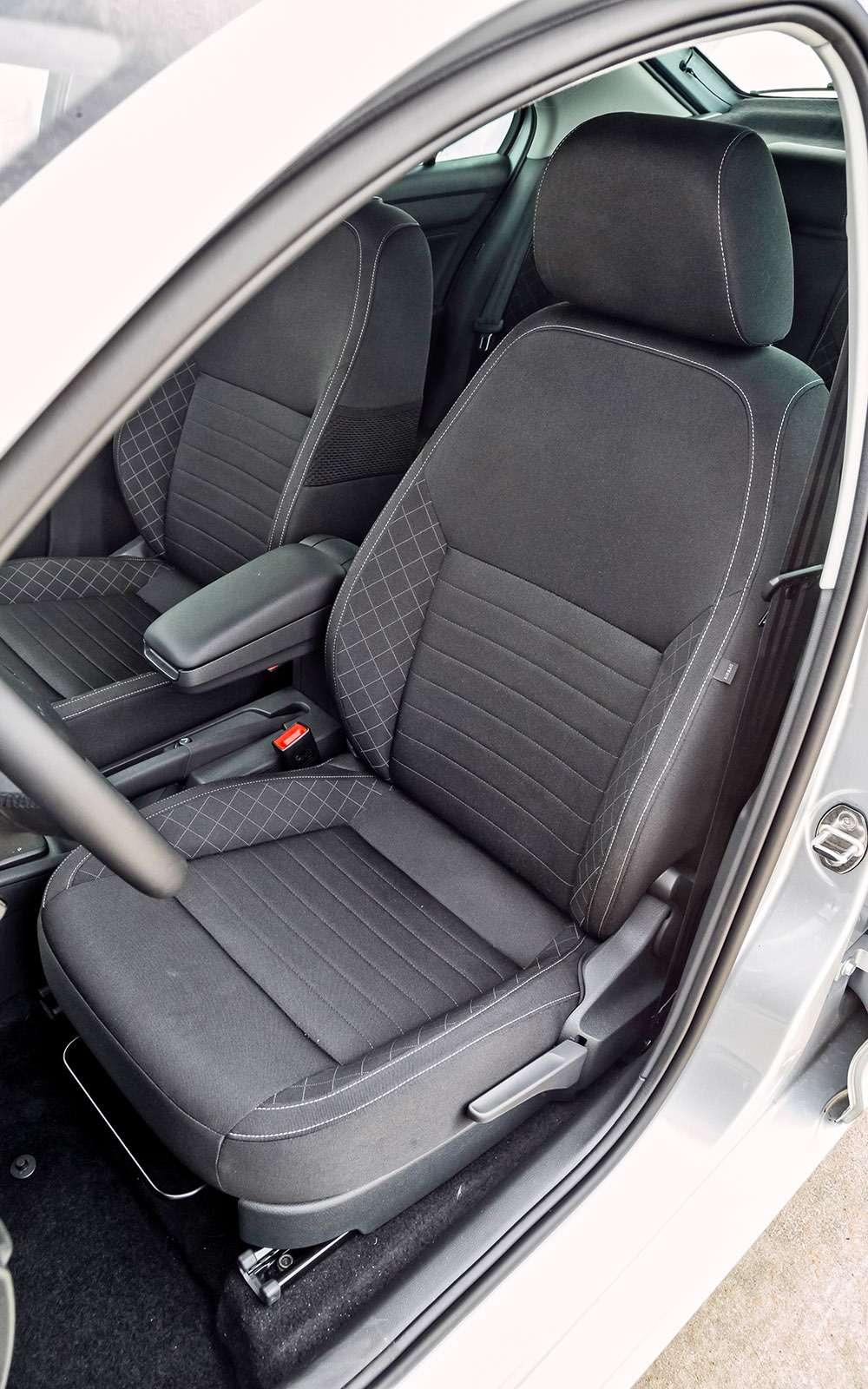 VWPolo GTпротив конкурентов: тест на«Смоленском кольце»— фото 644232