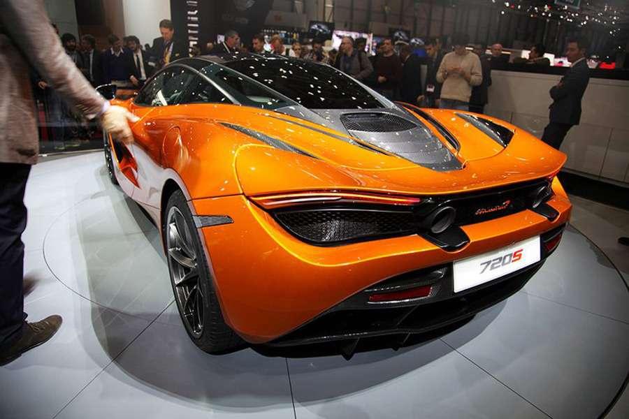 Оглушающая легкость: сюрреализм нового McLaren 720S— фото 718427