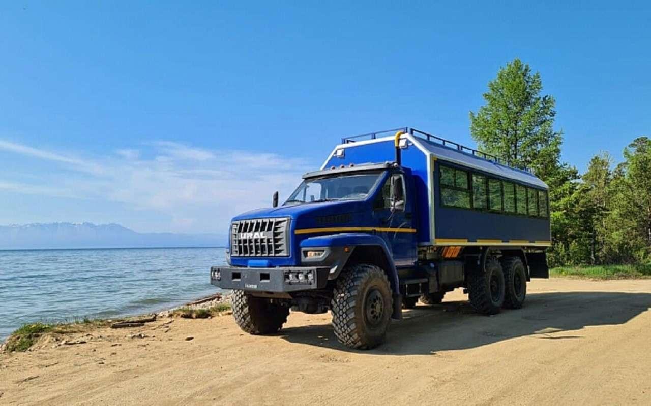 «Урал» показал автобус-внедорожник (скараоке)— фото 1263804