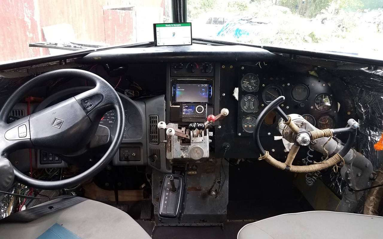 Бывший летчик переоборудовал самолет вдом наколесах— фото 1253084