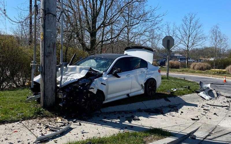 Круто отжег! BMW M5«прожил» пять минут после покупки