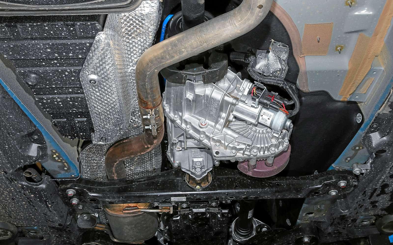 Новый Nissan Murano против конкурентов: длинные рубли— фото 691738