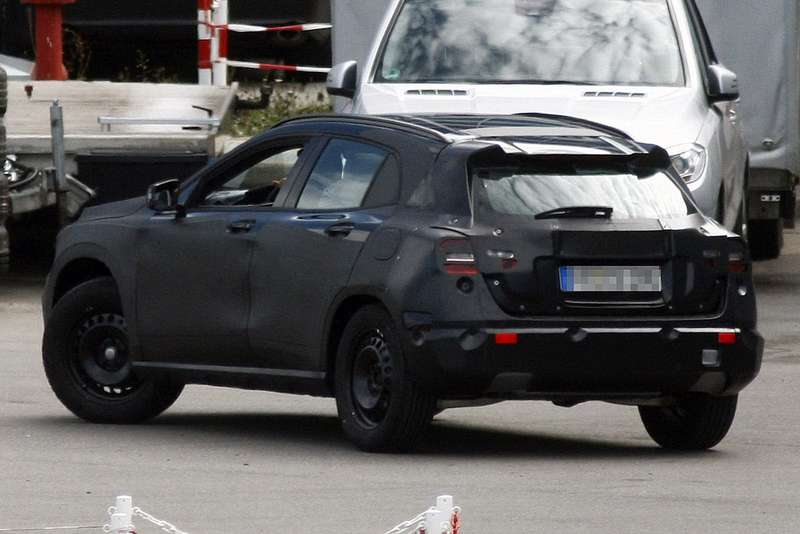 Mercedes-Benz GLA-class test prototype side-rear view_no_copyright