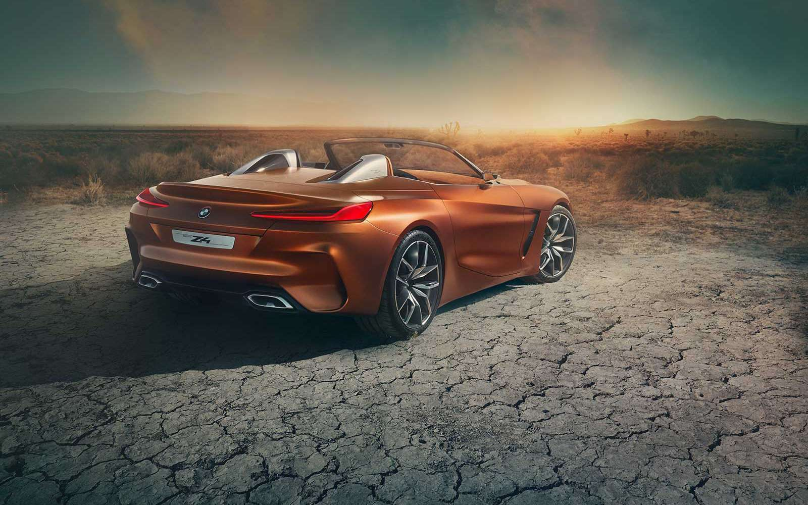 Родстер BMW Z4полностью рассекретили допремьеры— фото 785027