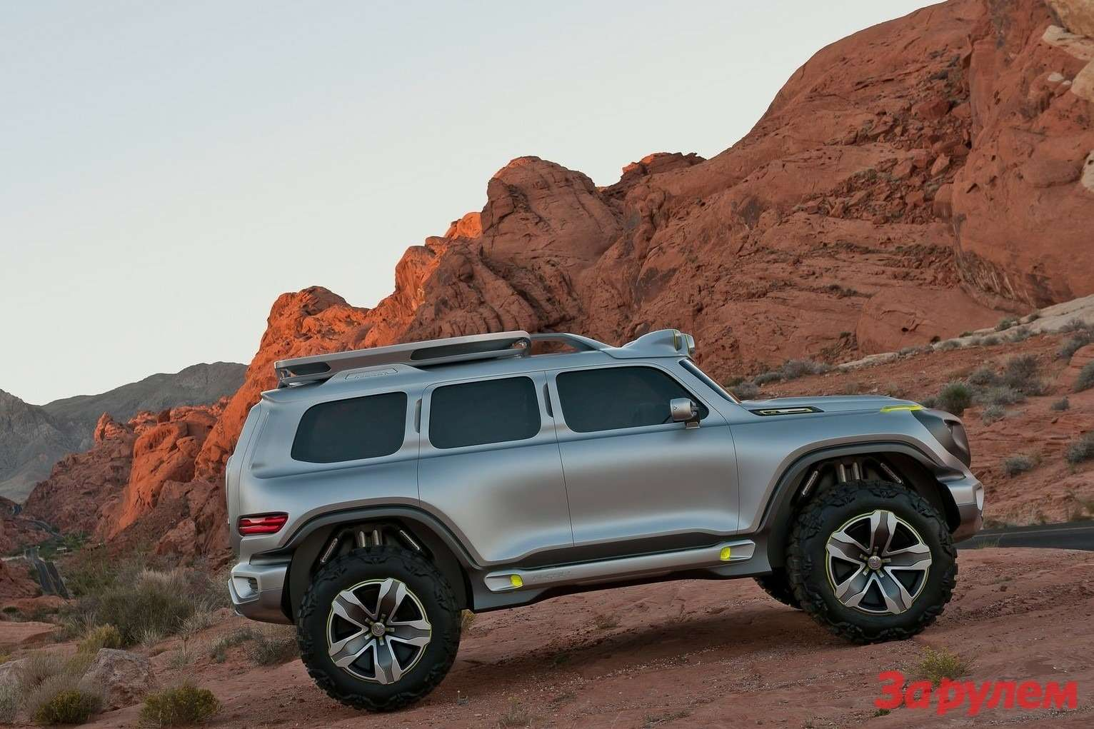 Mercedes-Benz Ener-G-Force Concept side view
