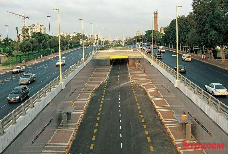 В Израиле выделенные полосы— почти метро.