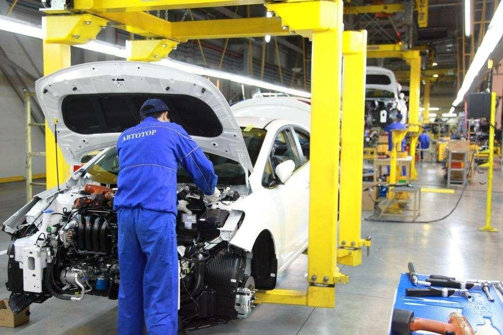 «Автотор» начал выпуск обновленного Kia Cerato— фото 661719