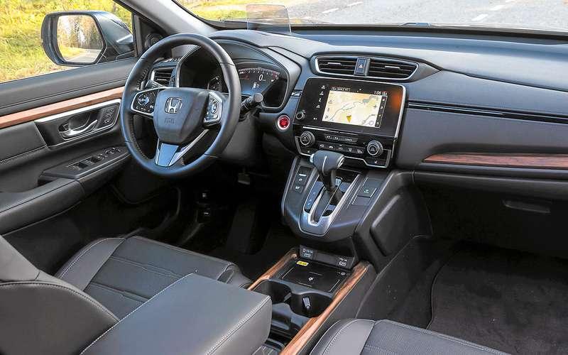 Тест обновленного кроссовера Honda CR-V