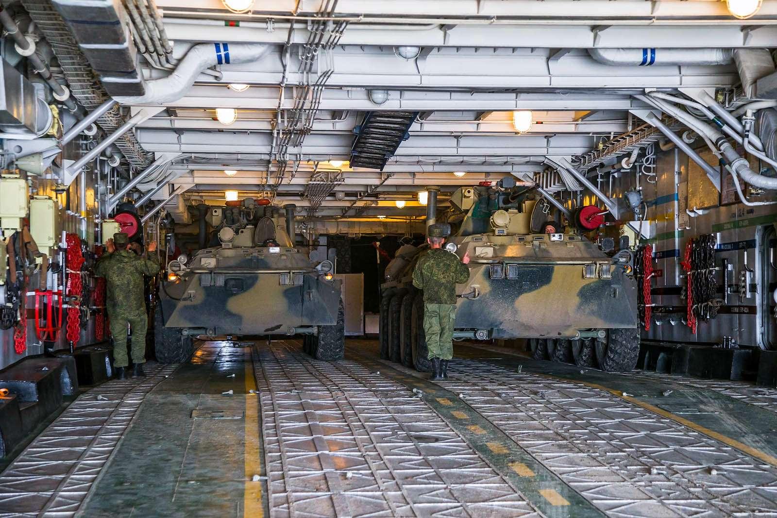 Малый десантный корабль Зубр: самый большой навоздушной подушке— фото 612060