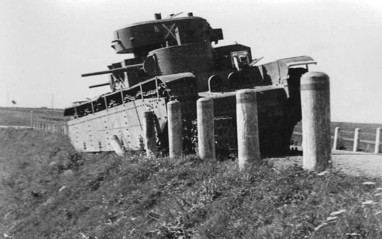Неизвестный гигант Красной Армии: пятибашенный танк Т-35— фото 974068