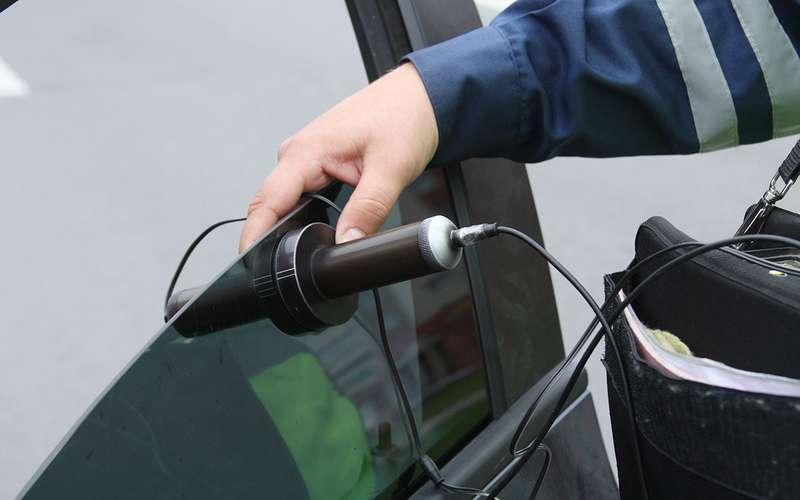 Опасно ли ездить с тонированными стеклами передними