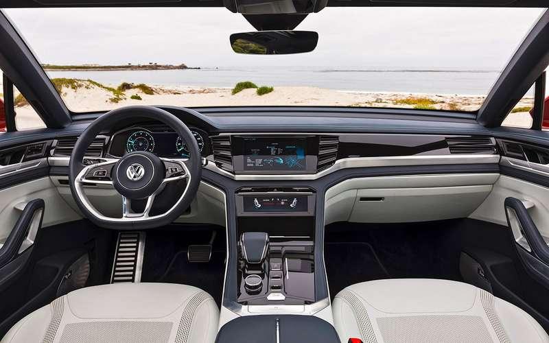 VWTeramont размножается: тест-драйв купе-кроссовера ипикапа
