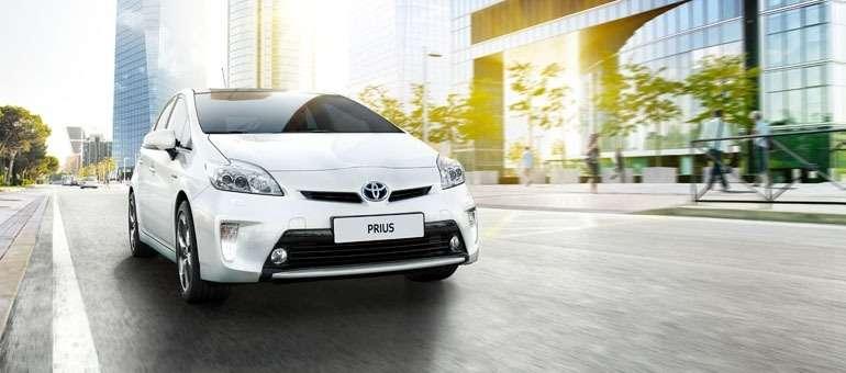 Ford выпустит конкурента Toyota Prius