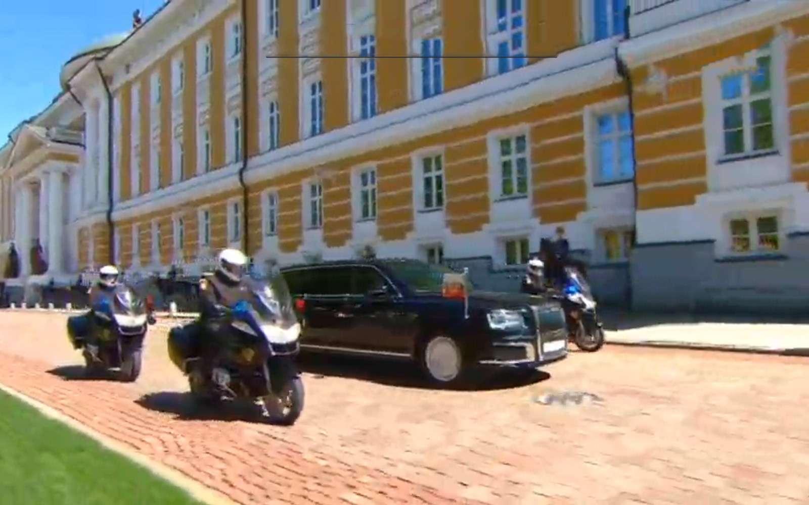 Лимузин президента: 4факта осамом крутом российском автомобиле— фото 868532