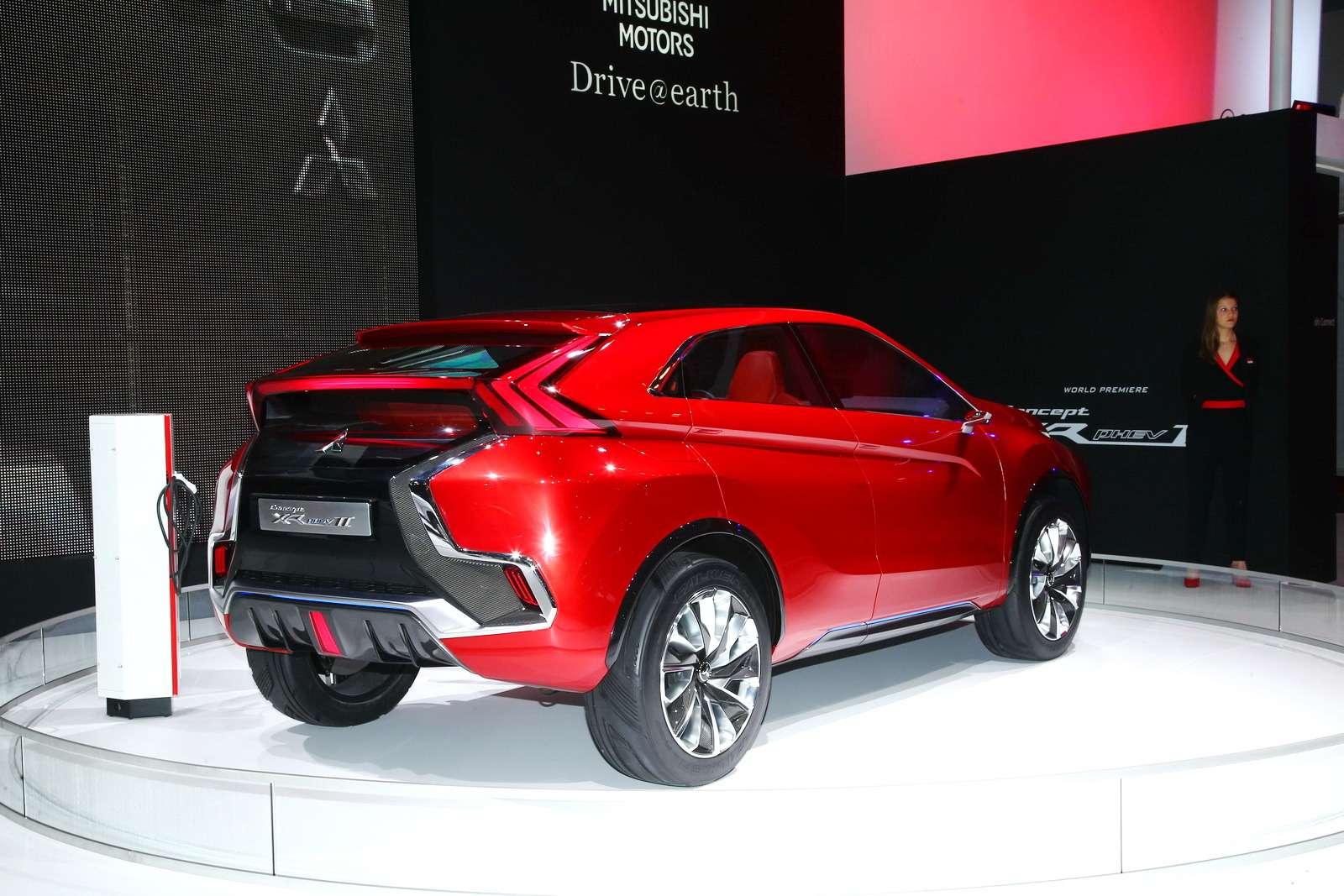 Mitsubishi XR-PHEV II 6_новый размер_exposure