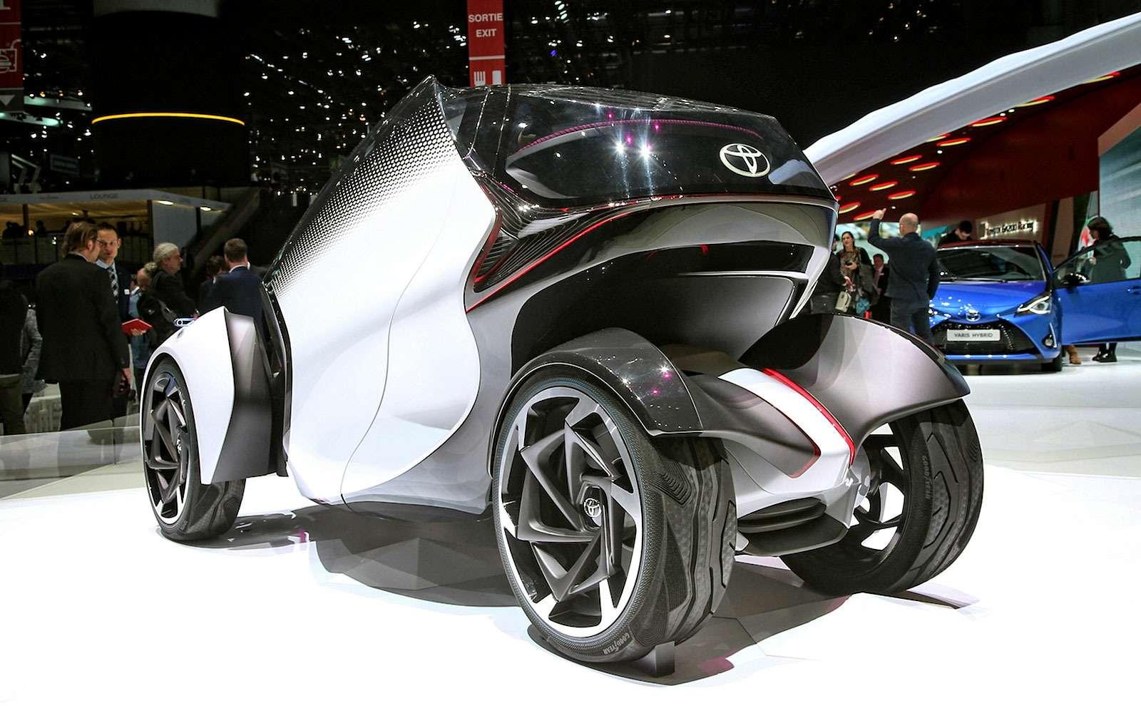 Toyota разработала автомобиль дляматерей-одиночек— фото 719121