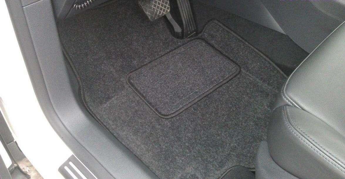 Автомобильные 3D-коврики: чем они лучше обычных?— фото 855626