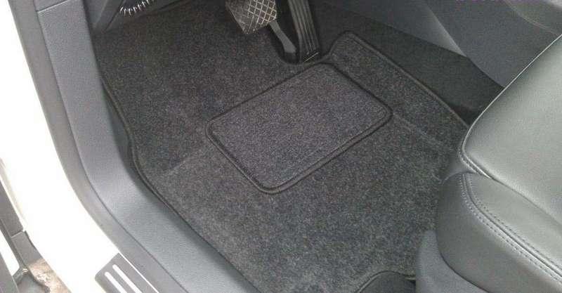 Автомобильные 3D-коврики: чем они лучше обычных?