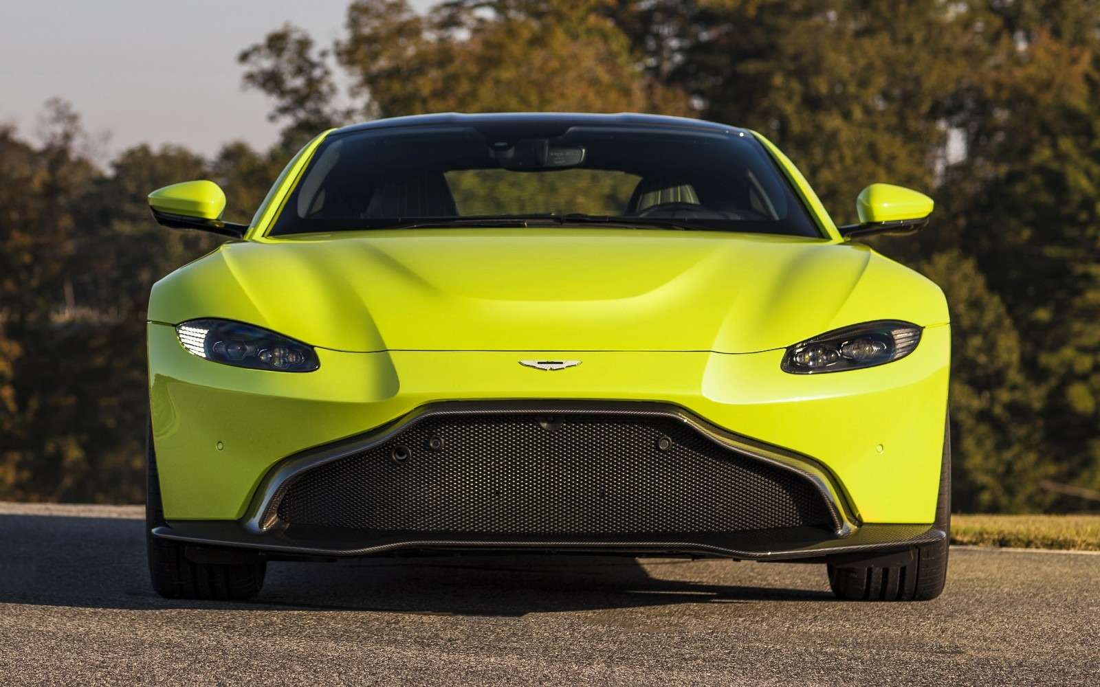 Проверено Джеймсом Бондом: представлен новый Aston Martin Vantage— фото 818846