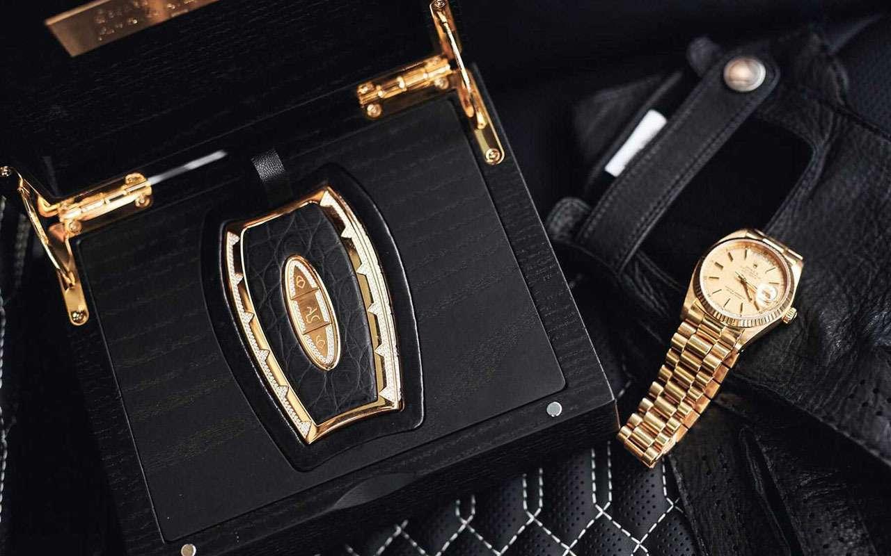 175г золота +34,5 карата бриллиантов =самый дорогой автоключ— фото 965458