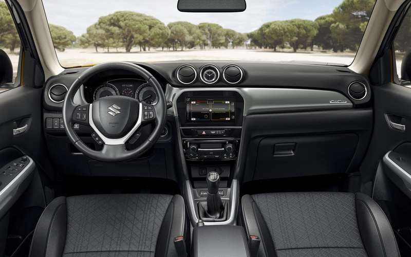 Suzuki начала продажи обновленной Витары