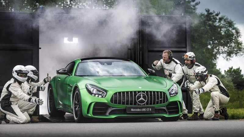 Benz отзывает в России 70 автомобилей Mercedes-AMGGT