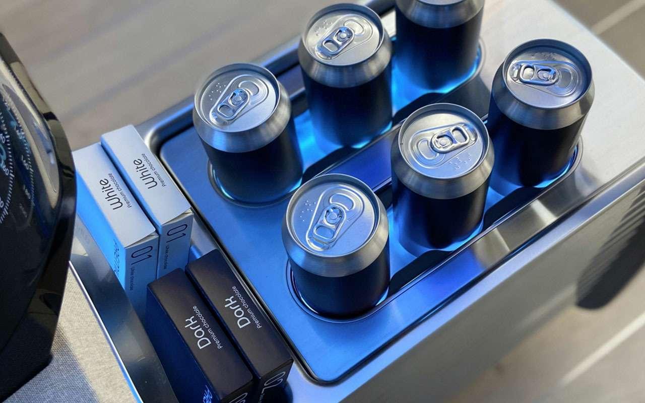 Hyundai оснастит салоны машин бытовой техникой— фото 1170548