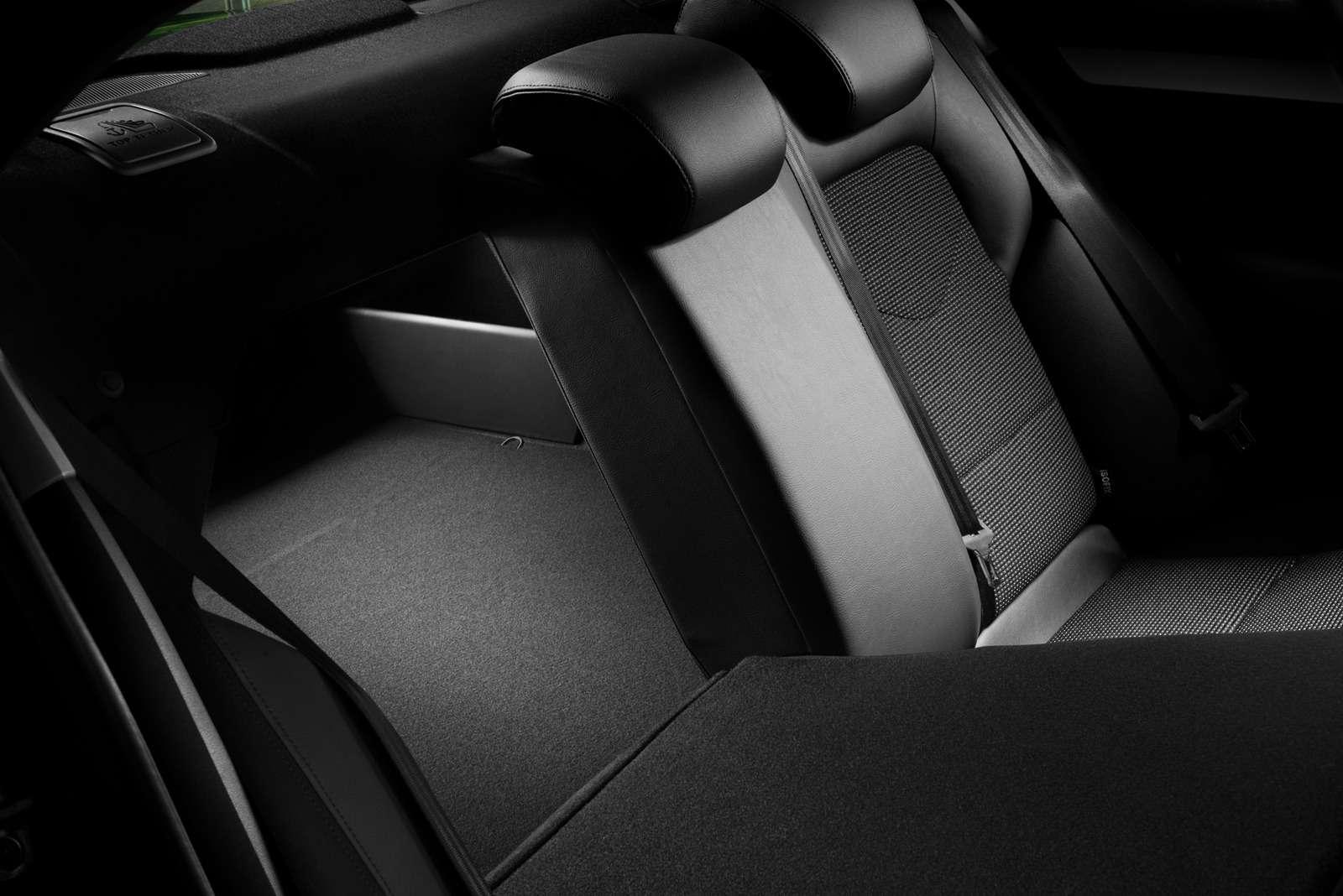 Объявлена цена обновленного седана Citroen С4— фото 634022