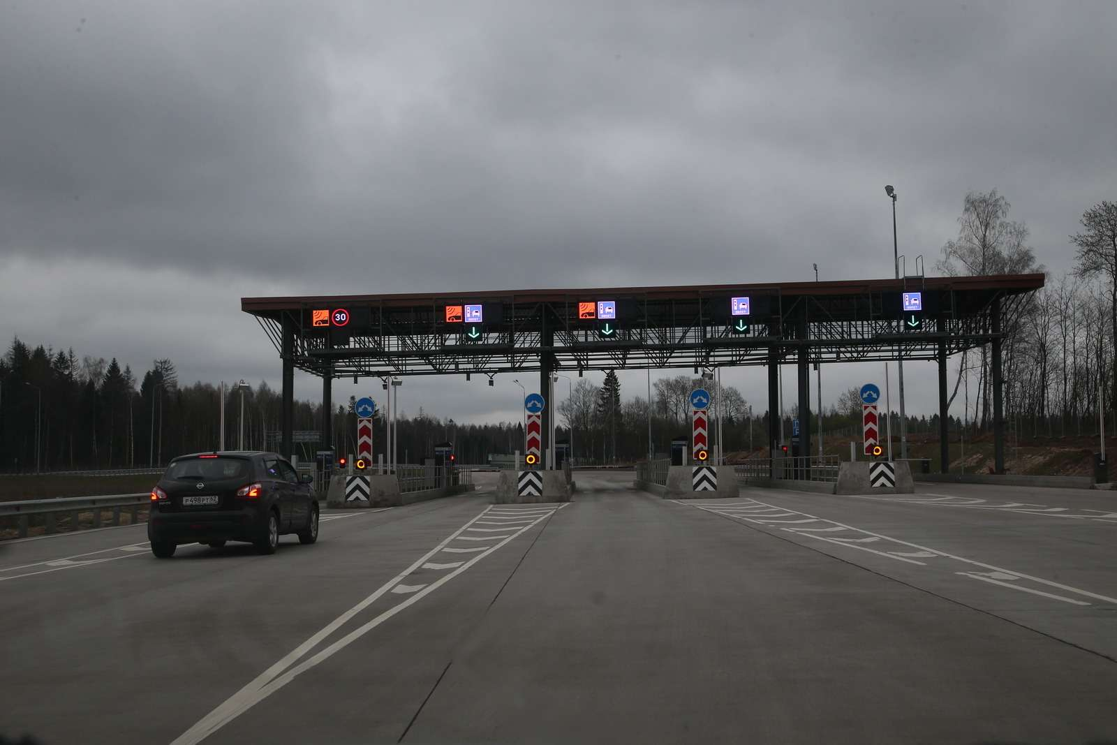 Едем изМосквы вСанкт-Петербург: М-10или М-11?— фото 582189