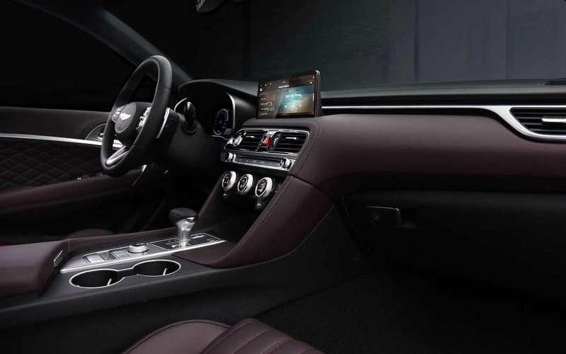 Genesis G70— первые фото обновленного седана
