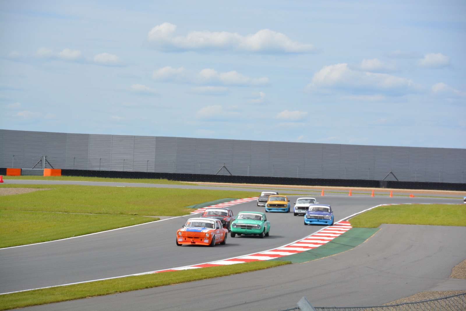 НаMoscow Raceway прошли гонки ретромобилей— фото 380483