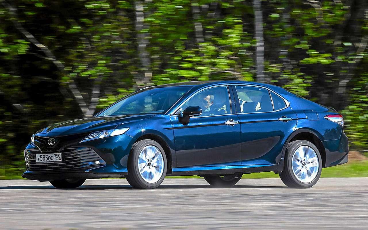 Toyota Camry против конкурентов— сравнительный тест— фото 882435