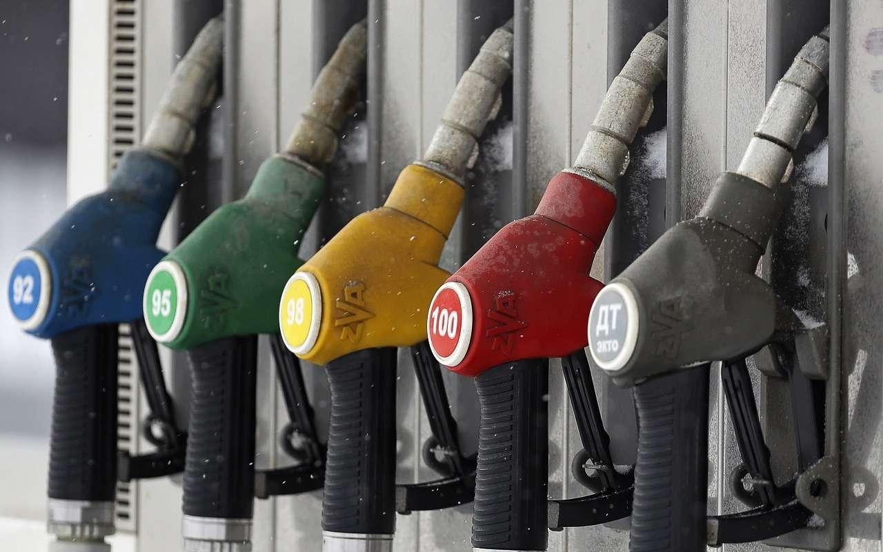 НаАЗС появятся «шпаргалки» дляопределения качества топлива