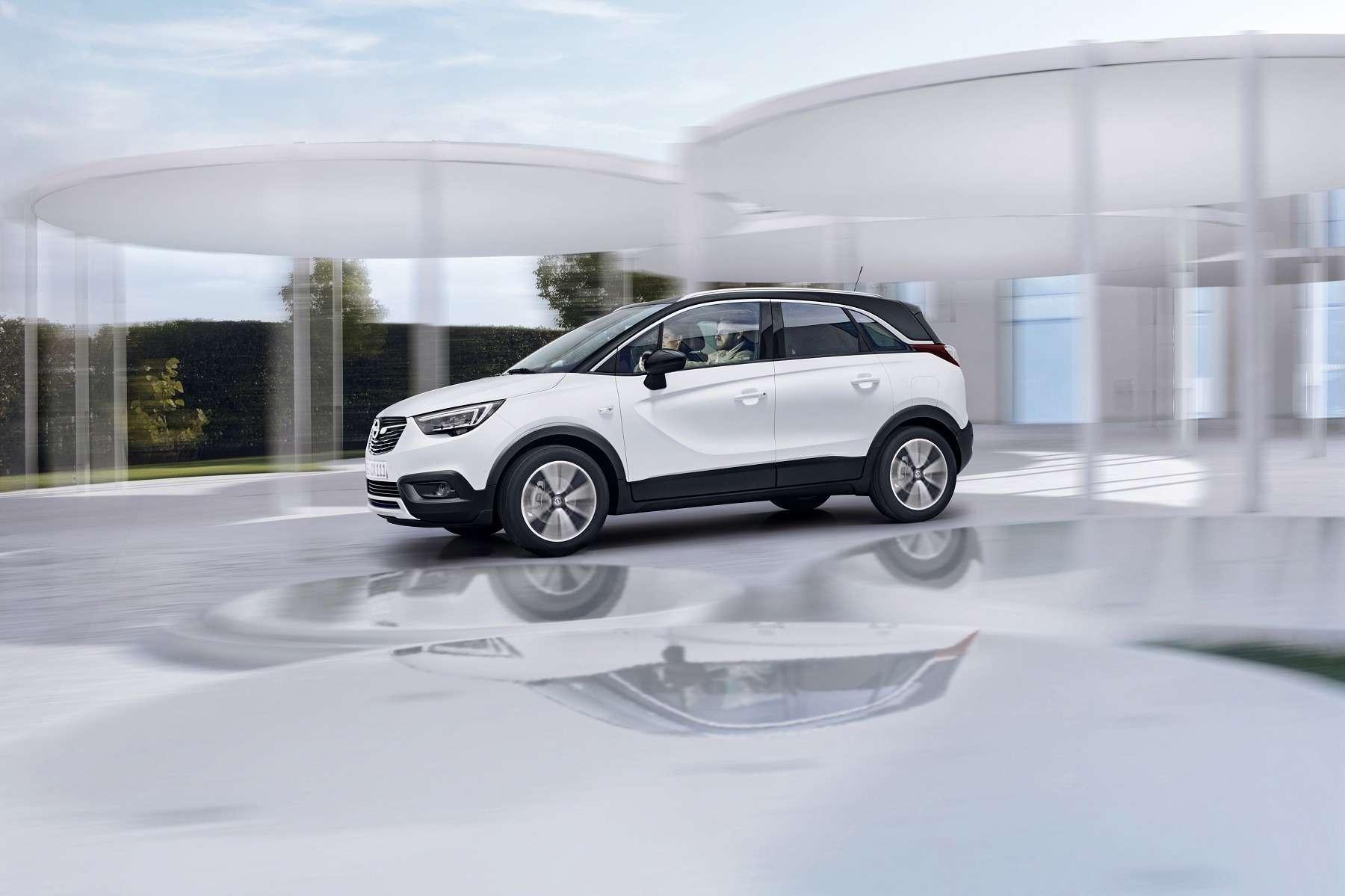 Кроссовер Opel Crossland Xпредставлен официально— фото 694500