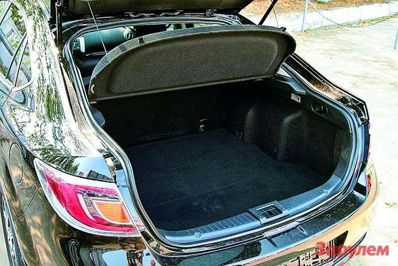 багажник  «Мазды»
