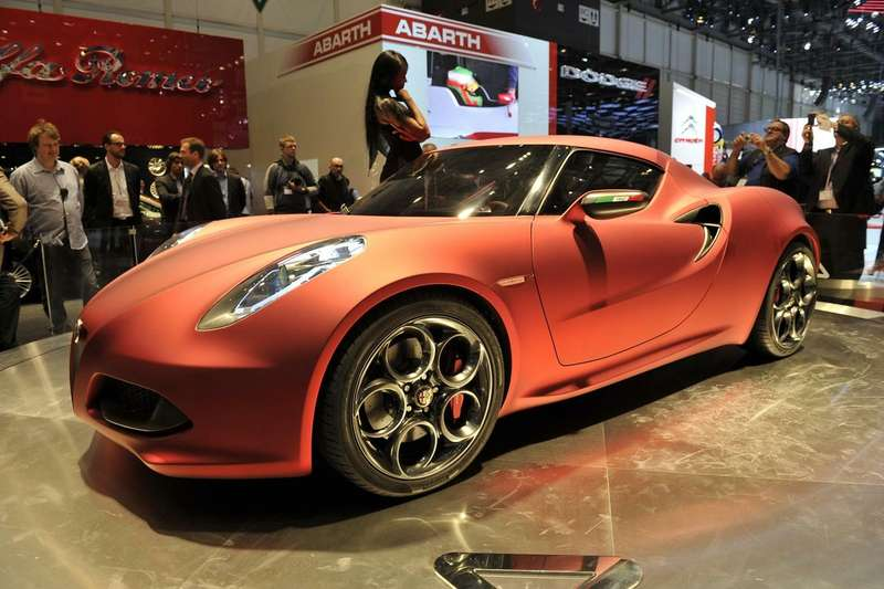 no_copyright_alfa_romeo_4c_concept_red_live_8