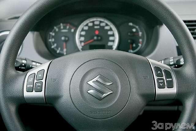 Suzuki Swift. Крепенький малыш— фото 56373