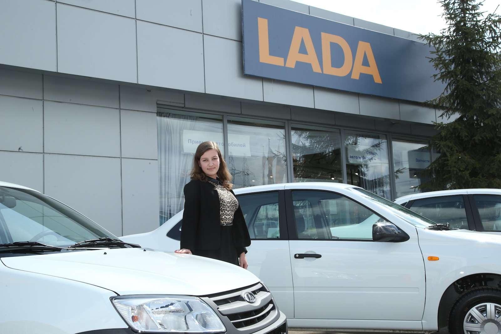 Гран-при «Зарулем»: ключи оттрех Lada Granta переданы победителям— фото 580062