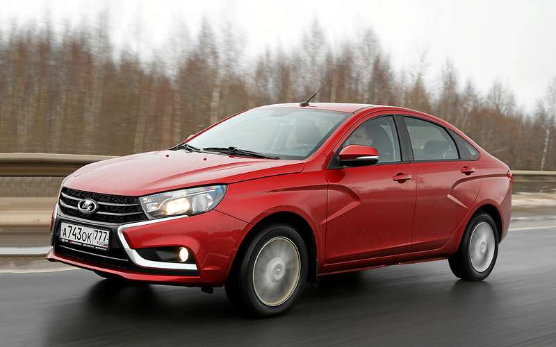 Заграничные  инвесторы признали Лада  Vesta самым продаваемым автомобилем вРФ