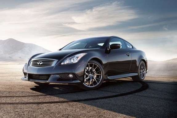 Infiniti IPL G Coupe side-front view