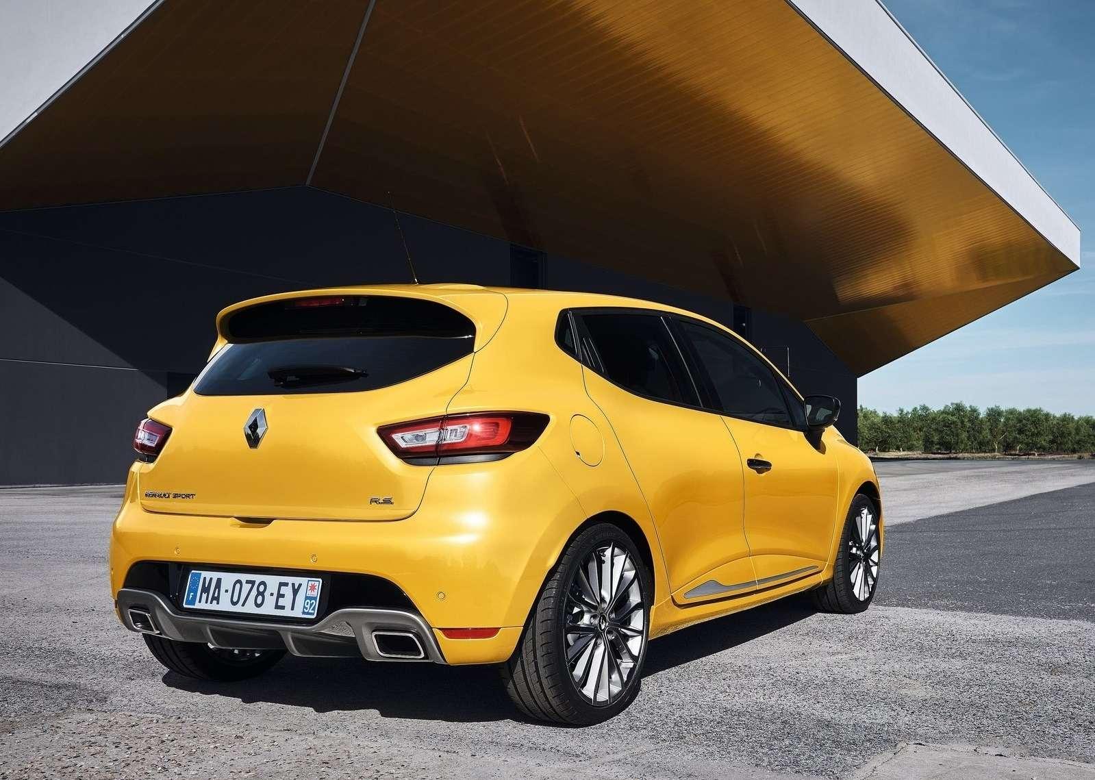 Рестайлинг созвуком: Renault Clio RSфокусируется наштрихах— фото 605411