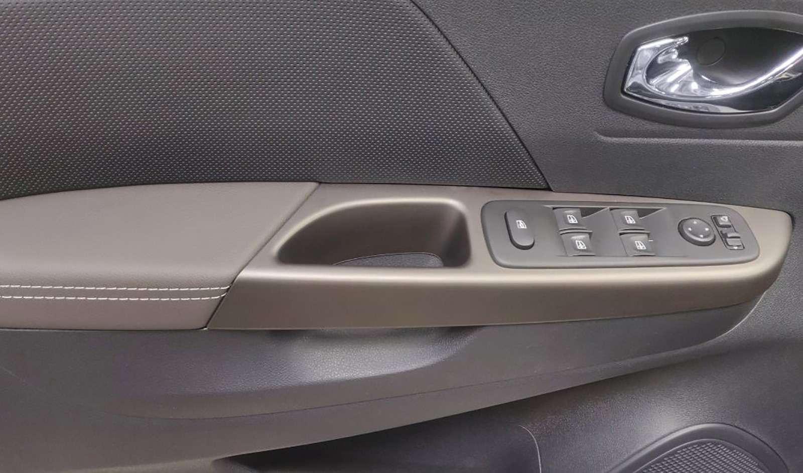 Renault начала продажи Kaptur нового модельного года— фото 969158