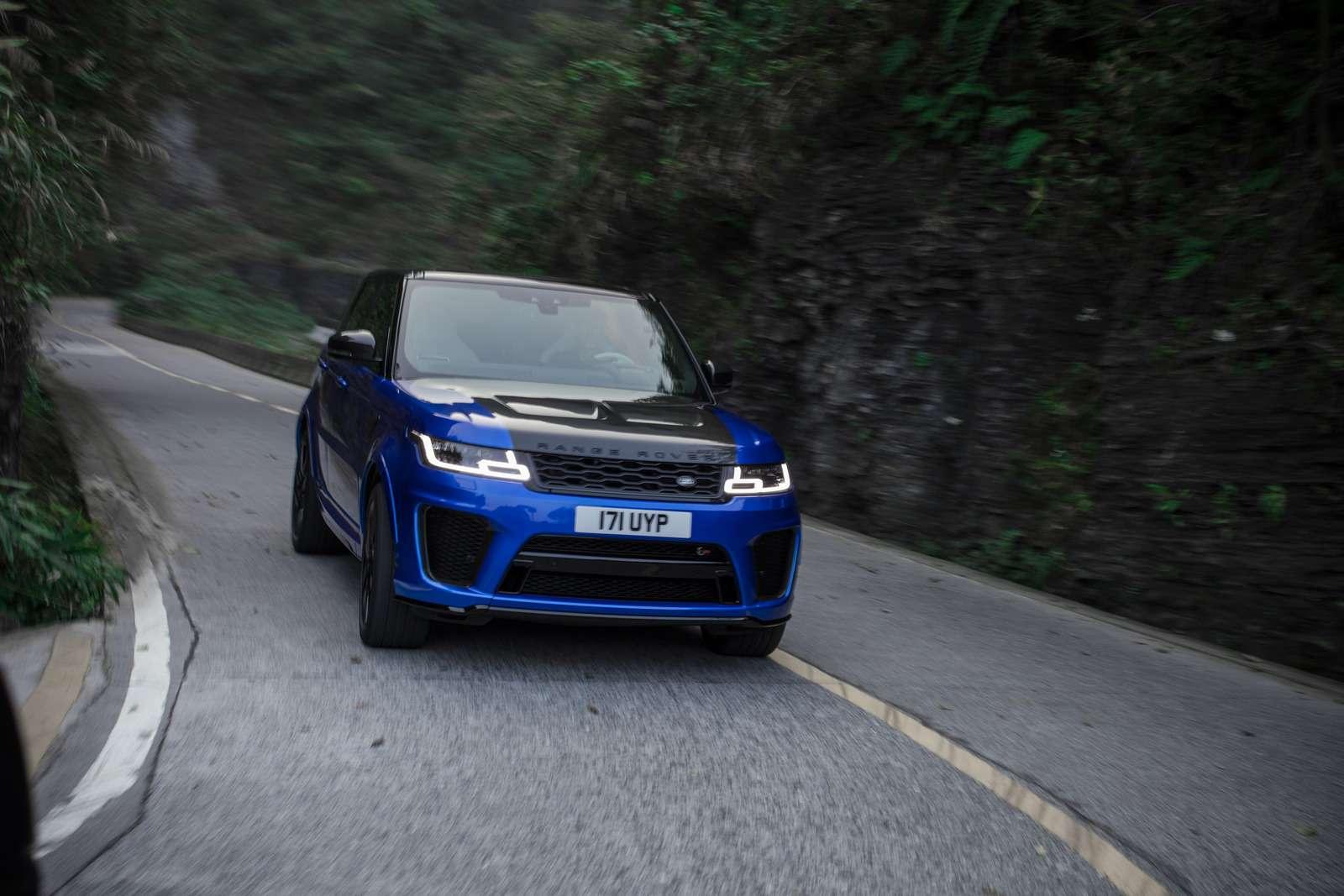 Range Rover Sport SVR оказался быстрее Ferrari нагорной дороге— фото 853295