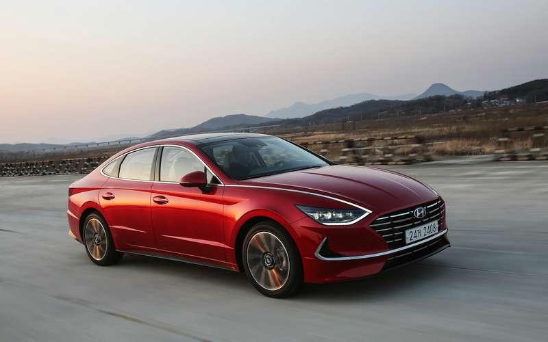 Новая Hyundai Sonata дляРоссии: два двигателя иавтомат
