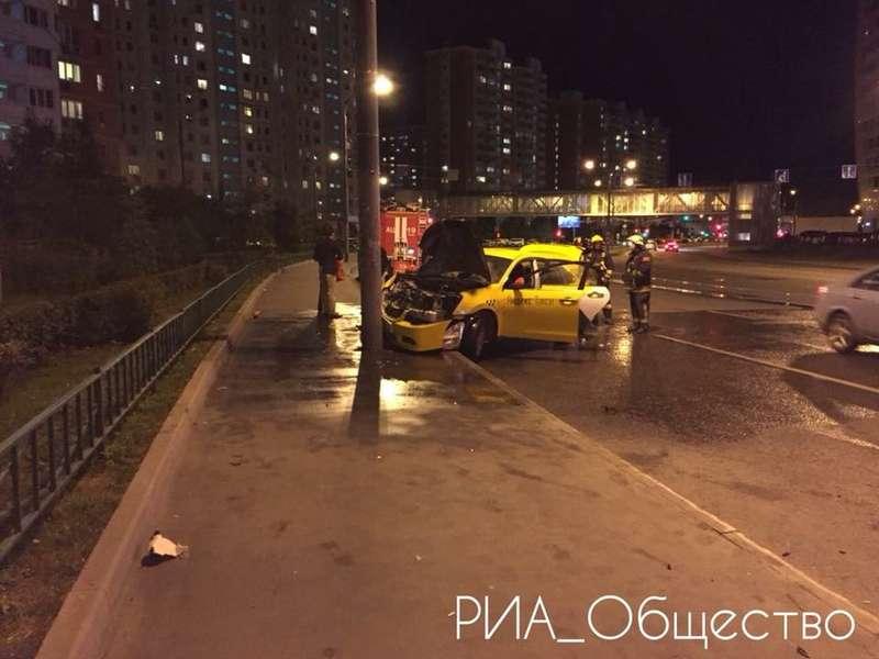 Огненное Яндекс.Такси: водитель работал без отдыха 7 дней!